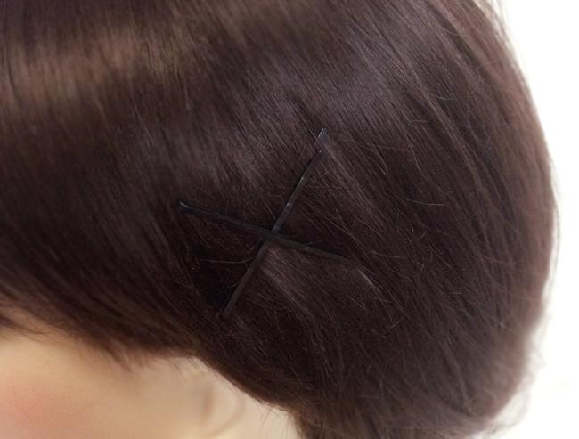 髪飾りの付け方
