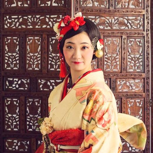 結婚式で振袖を選んだ花嫁さんの告白~式の最後に和装にするメリットデメリット~